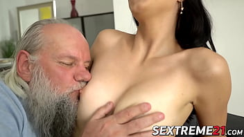 Old man pussy bangs young girl Henna Ssy and cums on her ass