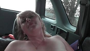 Sex un cars Секс со знакомой в её машине
