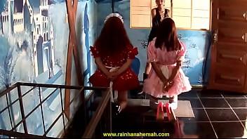 Tapas na cara das Sissys  Rainha Nahemah