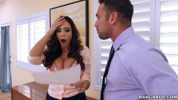 Bangbros latina milf squirt machine ariella ferrera is on notice thumbnail