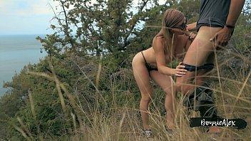 Hot Outdoor Sex With Sea Sight - Amateur BonnieAlex