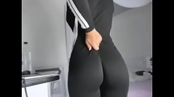 What is her name ? pornhub video