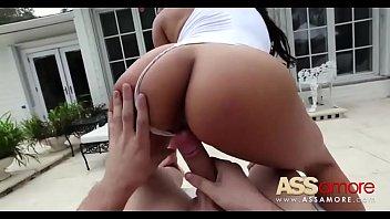 Lela Star Horny Busty Latina