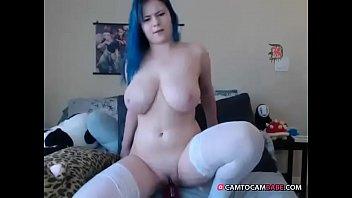 Cute chubby girl nude rides dildo on cam