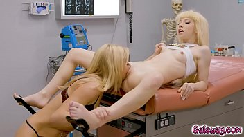 charlie c pussy - Kenzie Reeves squirted all over Doctor Serene Sirens shocked face thumbnail