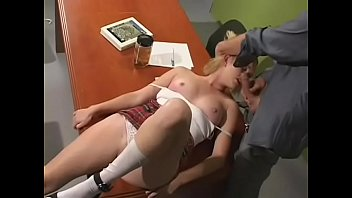 Delightful girlie Amber Raye adores python insertion