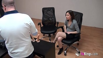 20yo teen comes for a webcamgirl job and ends fucking porn. Meet Arantxa Rey.