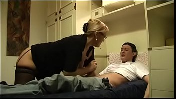 Aunt mom boys handjob iphone The nasty aunt and her unarmed little boy hot milf