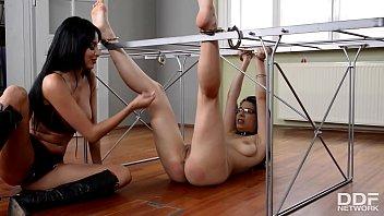 Domina Anissa Kate spanks Zenda Sexy and pinches her hard nipples Vorschaubild