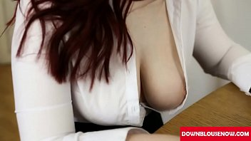 Fetish cleavage voyeur - Interview hot downblouse