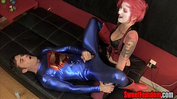 Adult harley quinn Harley quinn fucks superman strapon clown