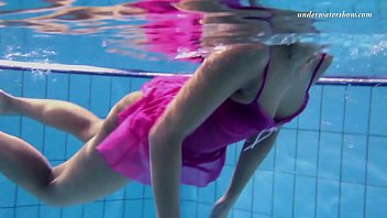 Zlata underwater swimming babe