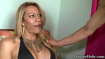 Cuming tranny Shemale tranny pounded in backdoor
