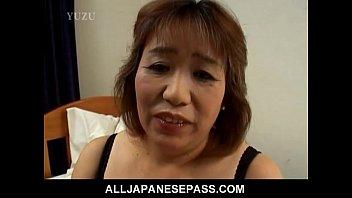 Horny mature Kiriko Nakamoto