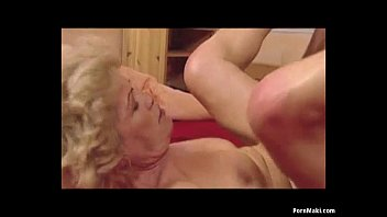 Granny Effie loves hard fucking Vorschaubild