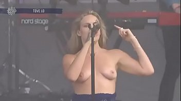 Boob flash celebs Tove lo - lollapalooza in chicago - 2017-08-06 uploaded by celebeclipse.com