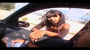 Ebony Deelishous