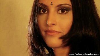 Femeie Naturala Indianca Se Fute In Stil Hindi
