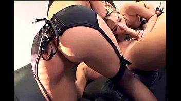 Sexy hosiery retailers - Threeway with secretaries in sexy black lingerie