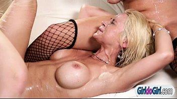 Sarah silverman lesbian - Sarah vandella ashley adams n samantha rone lick n squirting