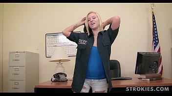 STROKIES Bailey Brooke Handjob