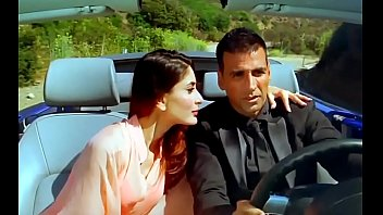 Kareena Kapoor Enjoy Hot Sex With Akshay Kumar