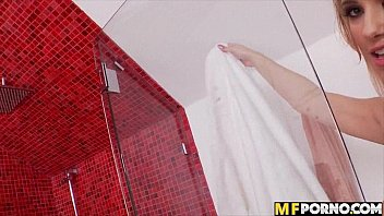 Sophia Knight blonde babe takes a shower and masturbates in her bed 3