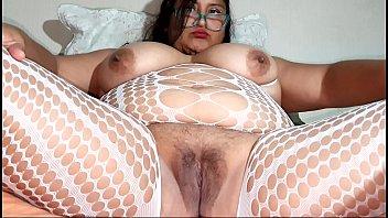 Bbw masturbating until she gets her squirt