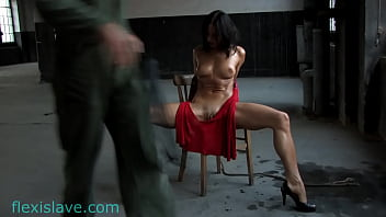 Fitness milf Alex Zothberg with red dress and spread legs tied up whipping 3分钟