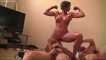 Muscle woman hentai video - Female muscle porn star mistress amazon is masturbating