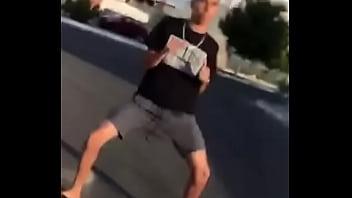 @biielof dançando o passinho