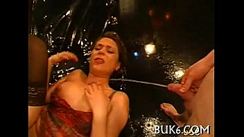 Amatuer lesbian piss videos - Lesbos acquires group pissing