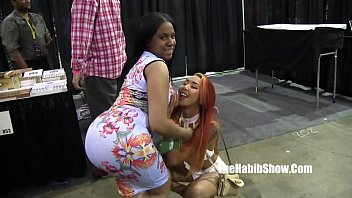 Why the movie chicago sucks Pornstars and freaks at 2016 chicago exxxotica daisy red kimberlychi hugh hefner