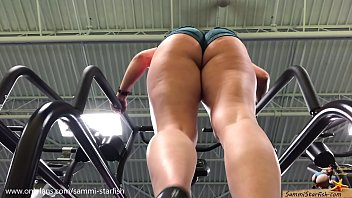 Sexy climber - Pawg ass - gym stair climber