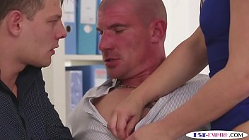 Bi hunk assfucked after drilling babes pussy