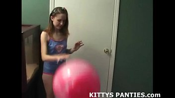 Kitty strip - Petite teen belly dancer kitty teasing