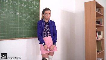 Student fucks her teachers - Empera, Renato, Matt Bird