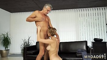 Gorgeous blowjob first time Sex with her boyally&acute_s father after