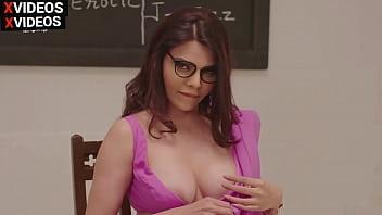 सेक्सी और हॉट टीचर