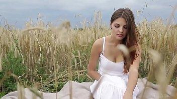 METART - Presenting Alise Moreno