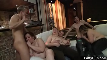 Chubby party girls suck dicks in the pub