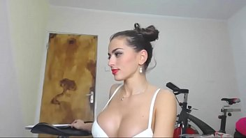 Teen online web cam Super sexy amateur girl shows her big ass and pussy on the web - homecam69.com