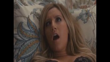 Asheley tisdale porn Ashley tisdale masturbandose