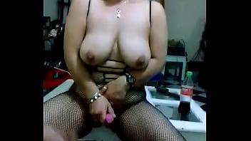 Madurita masturbandose