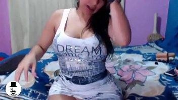 Big ass latina with dildo webcam
