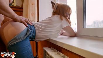 Porn Cosplay สาวสวยก้นเด้งโก่งหีให้เย็ดท่าหมาริมหน้าต่าง ใส่หูแมวพร้อมเย็ด กระแทกหีท่าหมาน้ำแตกกระจาย