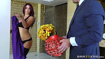 Red hot sex story Brazzers - monique alexander - real wife stories scene