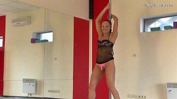 Sonka Nikolet super hot teen doing gymnastics