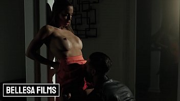 Busty Babe (Abigail Mac) Gets Her Pussy Fucked By (Quinton) - Bellesa