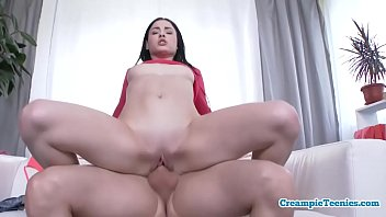 Bootylicious Teen Gets Stuffed With Spunk